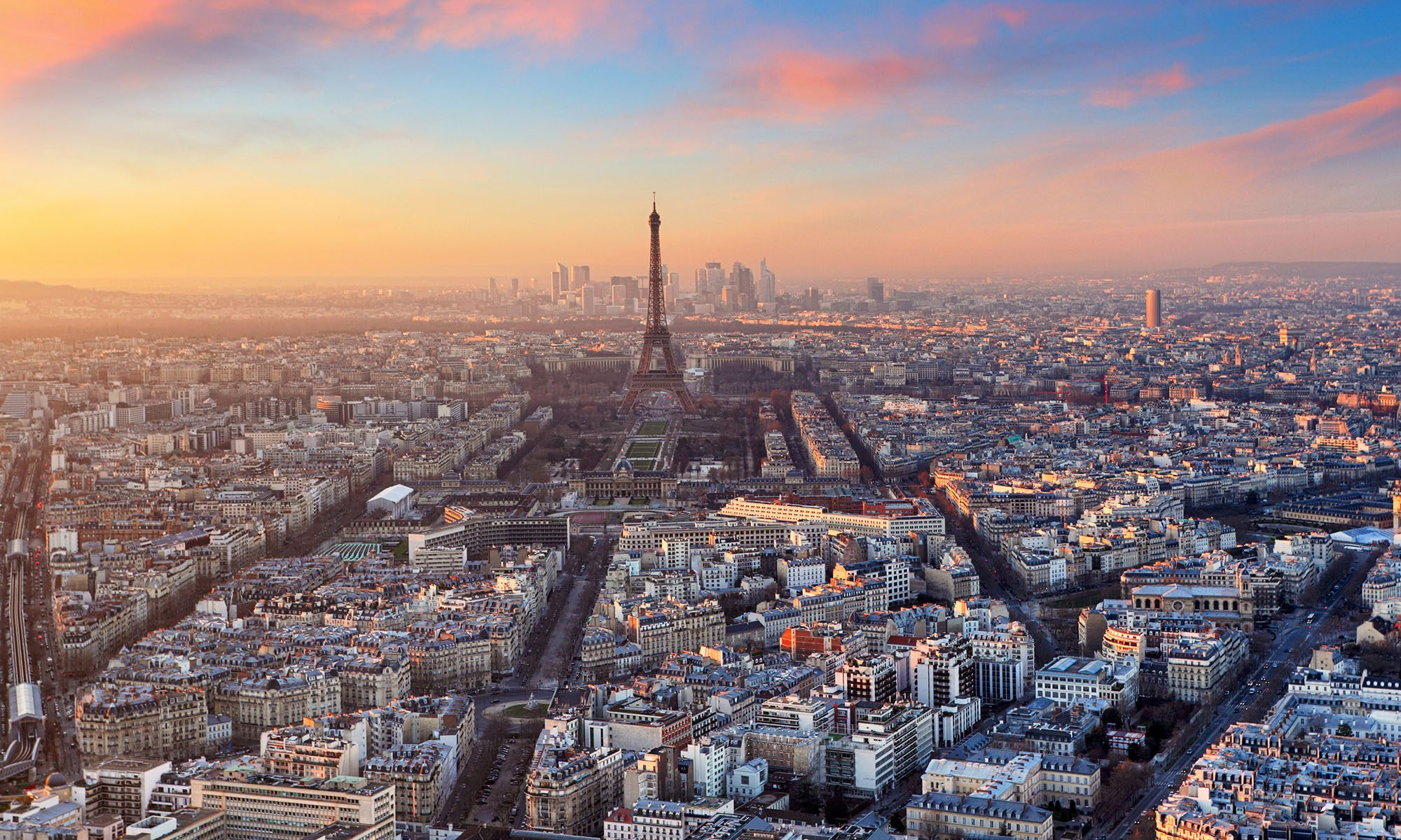 Local Reporting: Paris as a Case Study