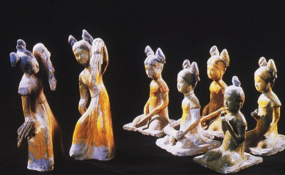 clay figure of 7 girls